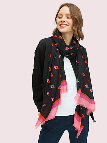 lips oblong scarf, , rr_productgrid