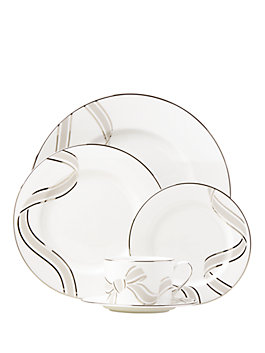 lacey drive 5 piece place setting, white, medium